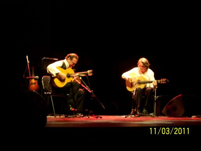 Raphaël Faÿs et le guitariste Tito
